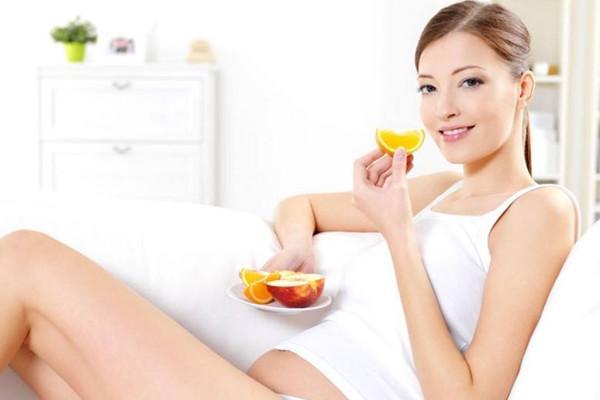 孕期妈咪嘴馋,这11种零食推荐给准妈妈,杏仁要特别注意了