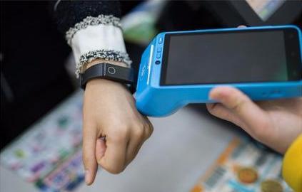 高逼格毒物推荐:值得入手的智能手环!